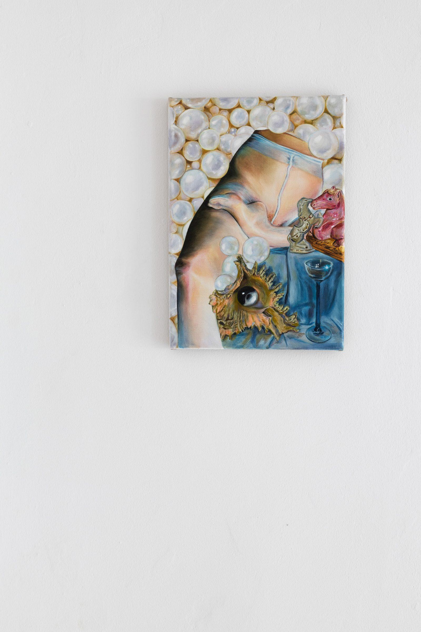 ↑ Martyna Borowiecka, <br> <em>Salon odnowy magicznej</em> – widok wystawy, 2021, <br>Galeria Widna